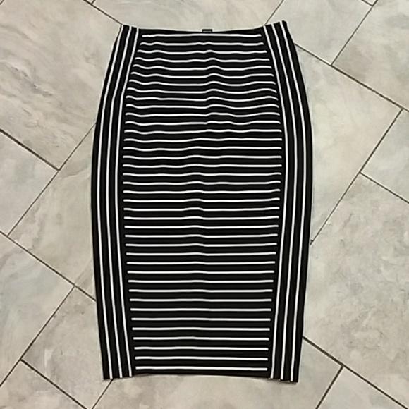 Apt. 9 Dresses & Skirts - APT. 9 Pencil Skirt